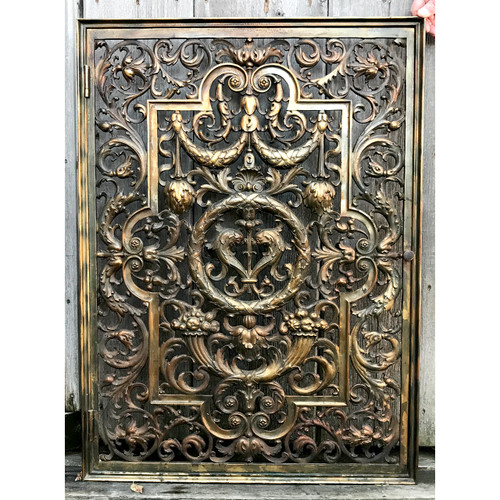 S20014 - Antique Italian Renaissance Revival Cast Brass Decorative Grate