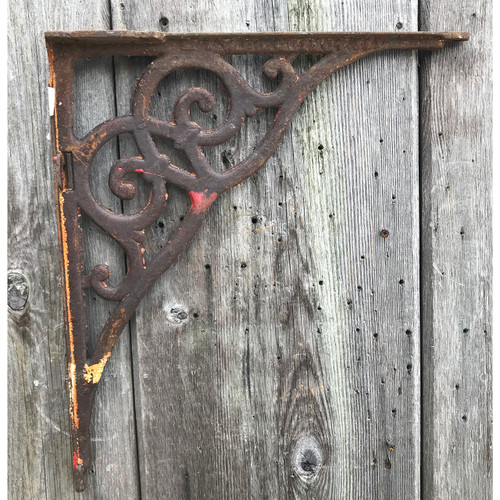 S21005 - Antique Double Scroll Cast Iron Bracket