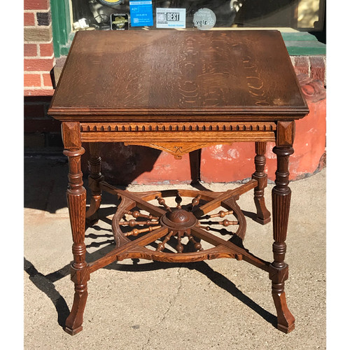 F21043 - Antique Quartersawn Oak Side Table