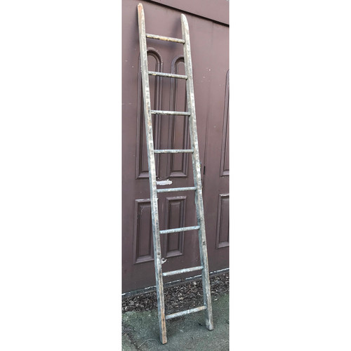 A21050 - Antique 8 Foot Ladder