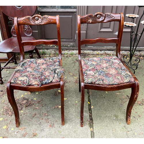 F21200 - Pair of Antique Chairs