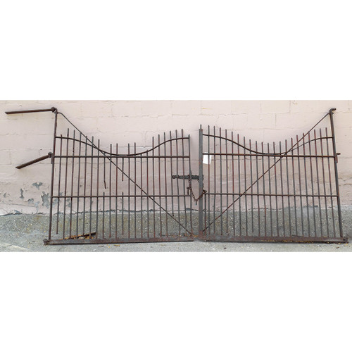 S14032 - Pair of Antique Late Victorian Wrought Iron Driveway Gate
