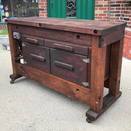 F17042 - Vintage Industrial Work Station with Motor