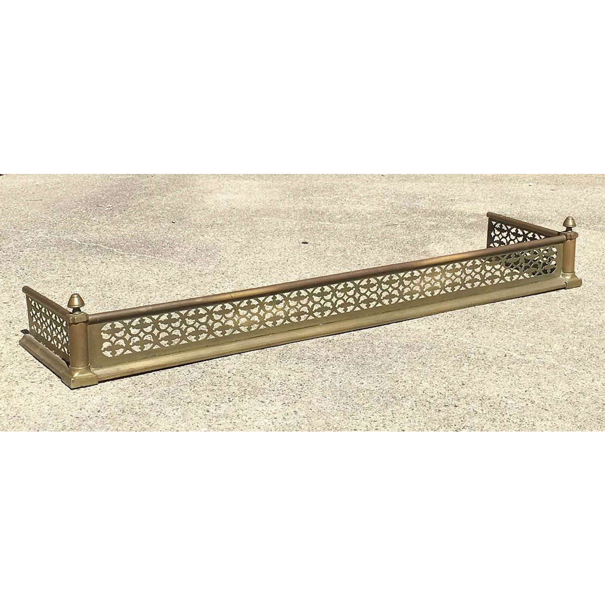 M17008 Antique Colonial Revival Brass Fireplace Fender