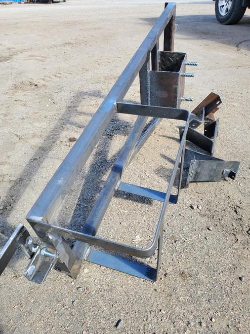 Rear tire/gas can rack, Kayline style
