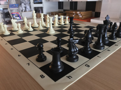 Tournament Chess Set 95mm SINGLE Weighted Pieces with SILICONE Board
