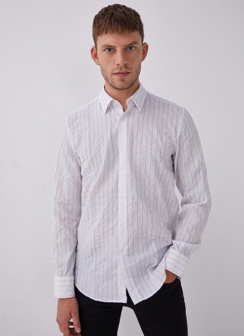 WHITE AND BLACK CONTRASTING STRIPED SHIRT
