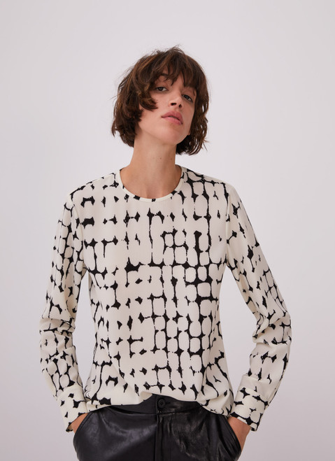 WHITE AND BLACK BACK BUTTONED SHIRT