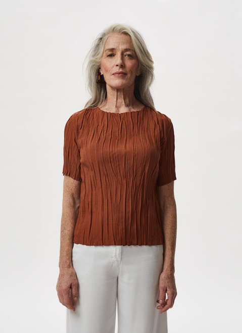 BRICK RED CRINKLE TOP WITH BATEAU COLLA