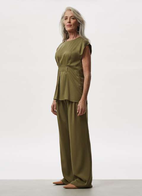 Green Lyocell Straight Trousers With Belt