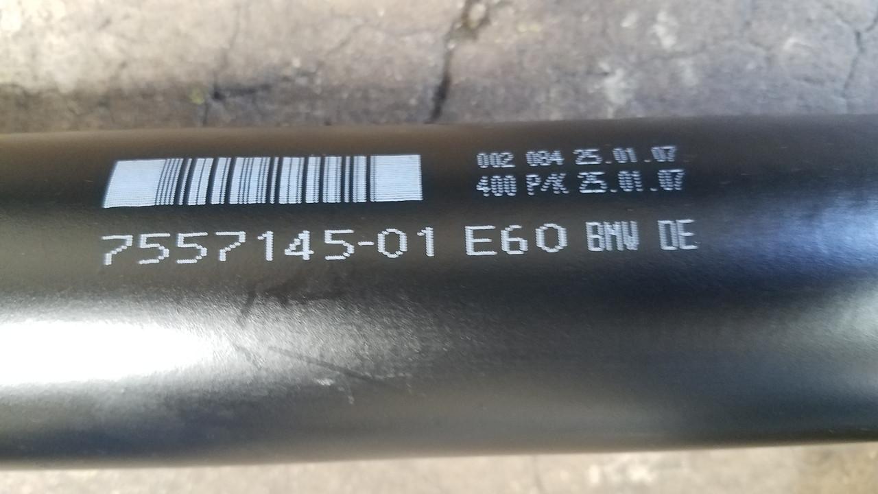 BMW e60 550i DRIVESHAFT DRIVELINE 7557145