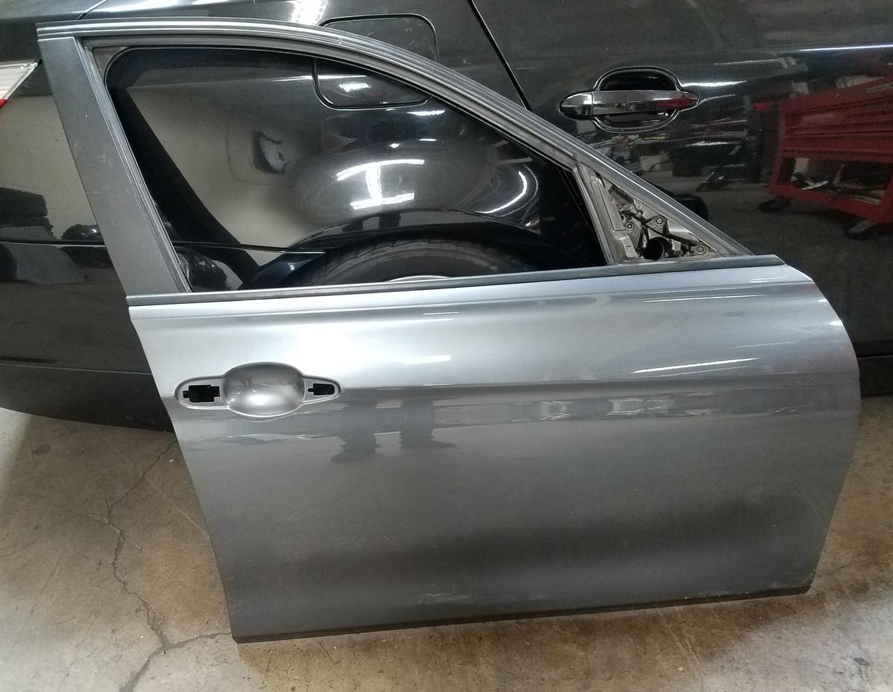 2012-17 BMW F30 F31 335i 328i PASSENGER FRONT DOOR SHELL
