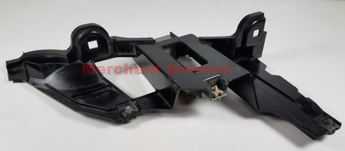 BMW E53 X5 DRIVER FRONT LOWER SUPPORT BRACKET 15183500