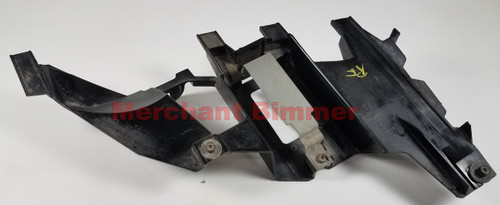 00-03 BMW E53 X5 PASSENGER HEADLIGHT SUPPORT BRACKET 15183600