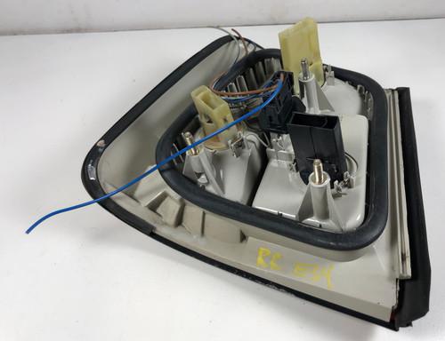 BMW e34 540i 530i 525i PASSENGER BRAKE TAIL LAMP OEM 1389012