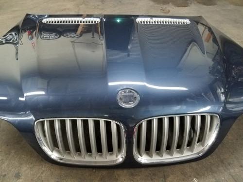 04-06 BMW E53 X5 HOOD W/ KIDNEY GRILLES TOLEDOBLAU 7121102
