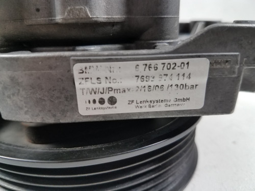 04-06 BMW X5 4.4 4.8 N52 Hydraulic Power Steering Pump W/ Pulley 6766702