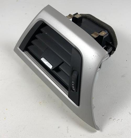 2013 BMW F30 328 DASH BOARD LEFT SIDE AC HEATER AIR VENT OEM SILVER 9218549