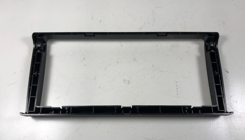 BMW E38 740 750 NAVIGATION DISPLAY SCREEN BEZEL TRIM 8385450