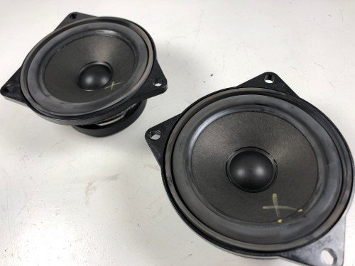 BMW E60 PAIR FRONT DOOR CARD SPEAKERS 9143153