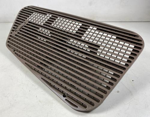 91 BMW E34 535i  FRONT UPPER DASH AIR VENT COVER 1384066