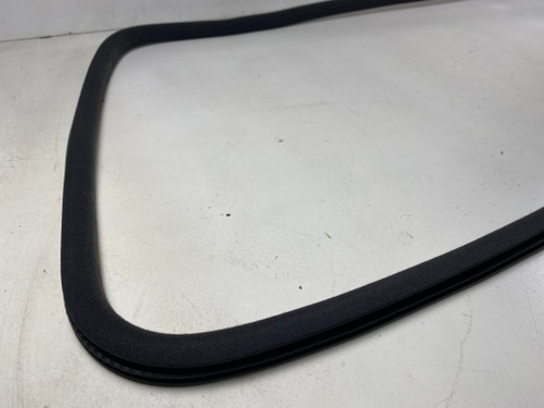 BMW E46 M3 ZHP BLACK MOON ROOF SYNTHETIC SEAL STRIP 2497175