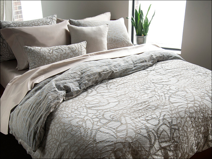 Tracery/Pearl Grey Duvet Cover
