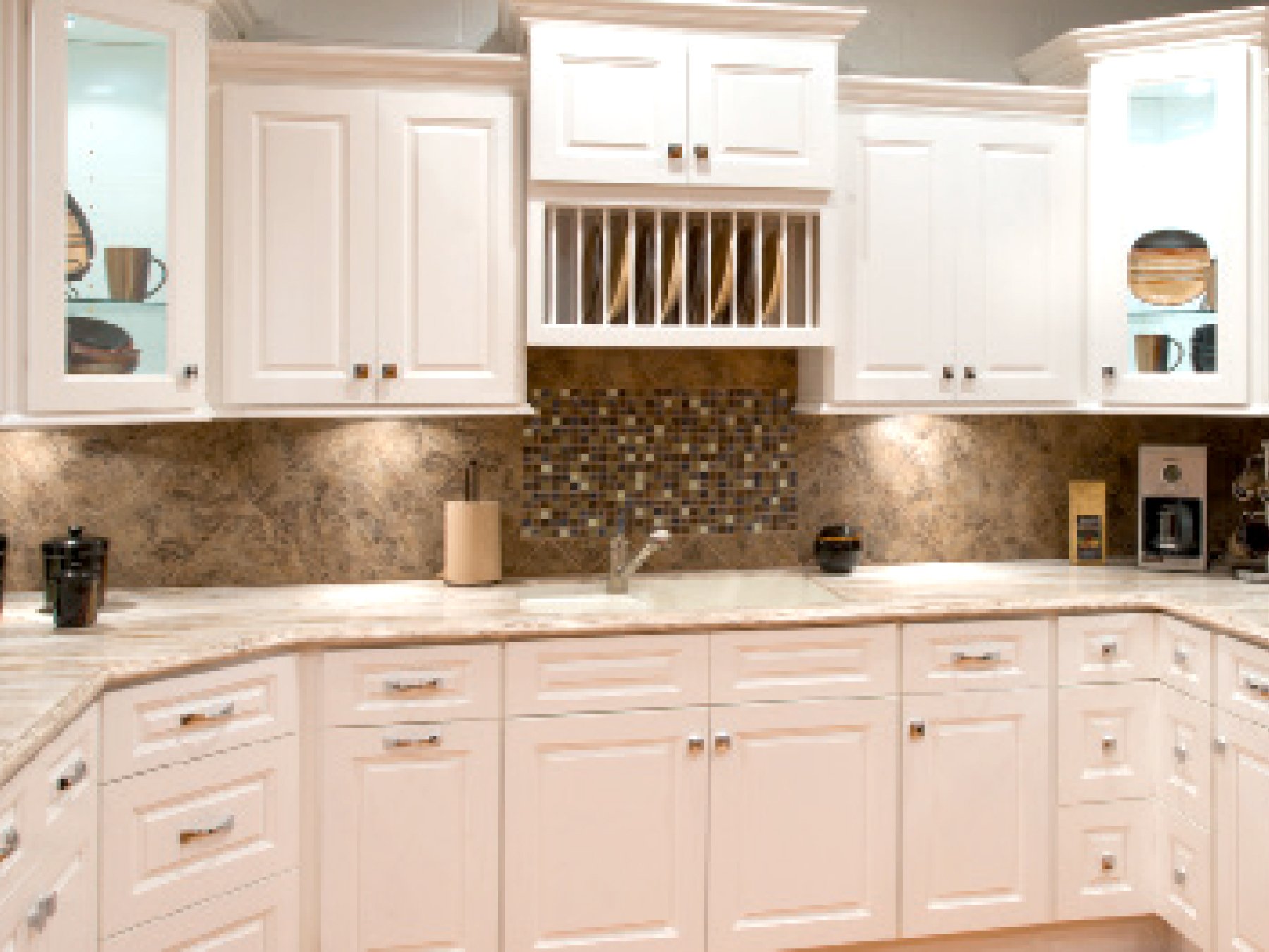Aspen White RTA Kitchen Cabinets