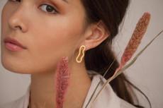 Joidart Meandres Medium Stud Gold Earrings