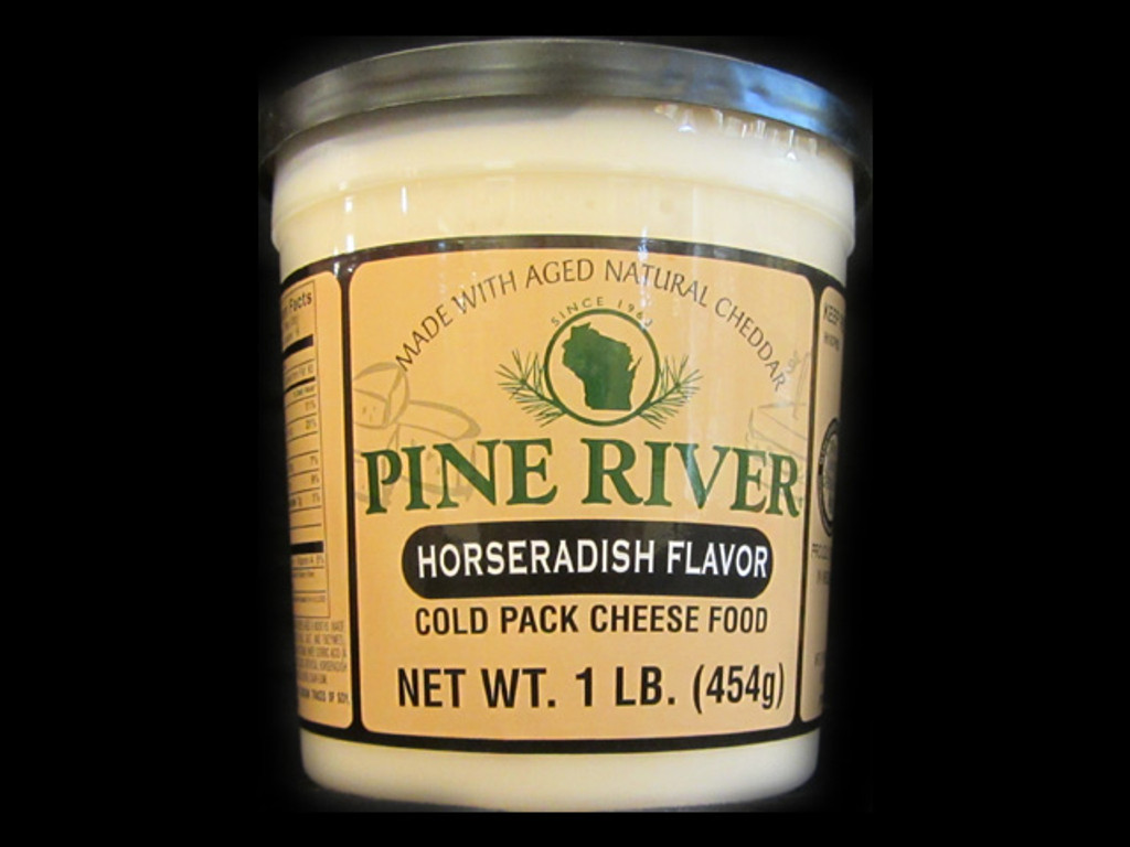 Pine River - Horseradish Cheese Spread - Large