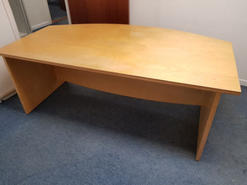 Second hand office desk in pine
