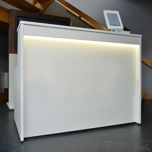 Welcome range reception unit in white