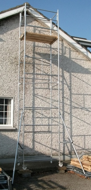 "4' x 2'6"" x 21' scaffold tower"