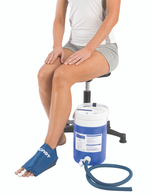 AirCast¨ CryoCuff¨ - Medium Foot with gravity feed cooler