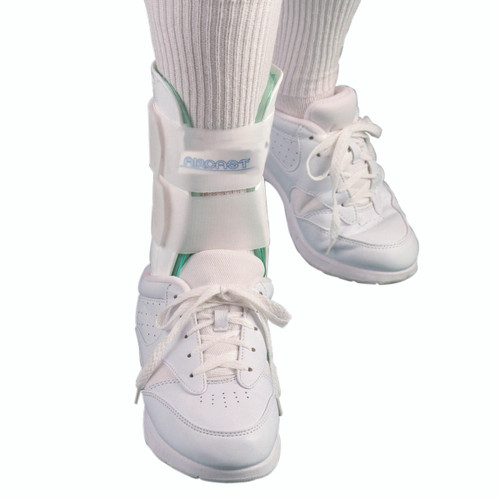 Air Stirrup¨ Ankle Brace 02B Ankle training, medium, right