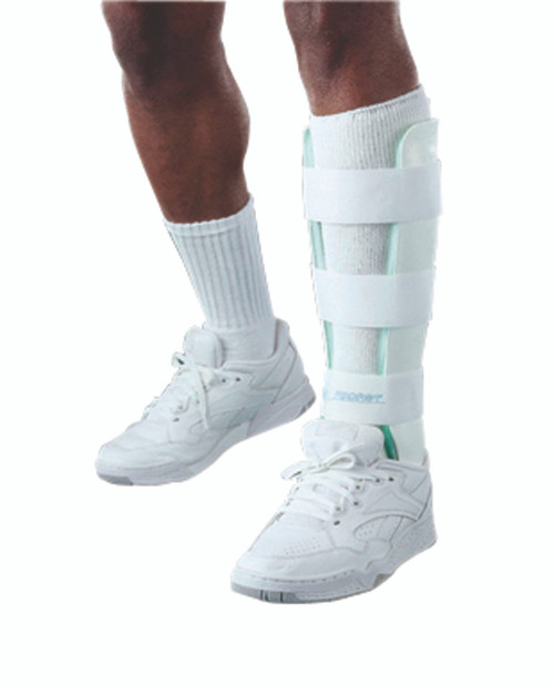 Air Stirrup¨ Leg Brace, Medium, left