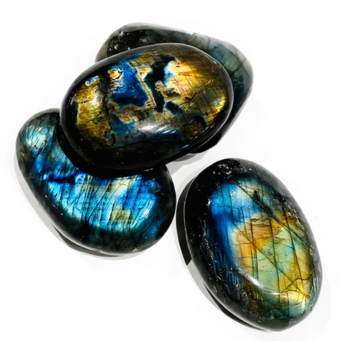 Premium quality, Labradorite: Strengthens faith in the self. Stone of transformation. Balances and protects.