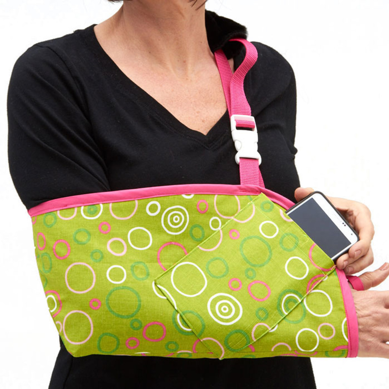 8654c18e352f90 Fashionable and Functional Arm Slings in Fizz Fabric