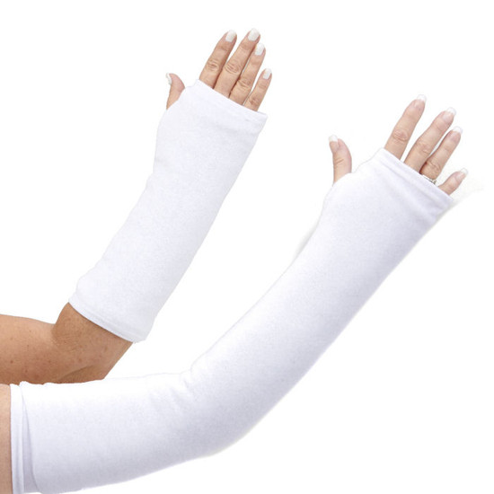 Nothing is as classic in an arm cast cover as clean white. Washable, too! Available in long and short arm sizes.