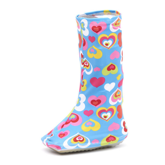 Happy Hearts adorn this light blue Bootz! cover.