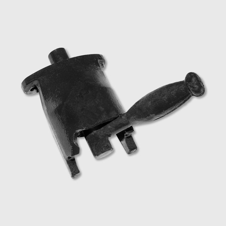 Manual Chute Lock Assembly