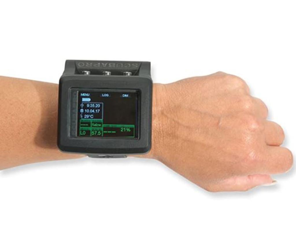 Scubapro G2 Wrist Dive Computer on wrist