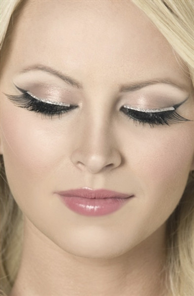 Black Eyelashes with Silver Glitter Liner
