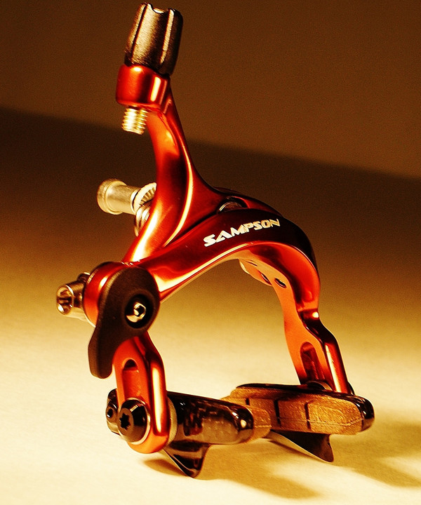 The Stratics SL brakes offer exotic weight, with everyday ease and top performance