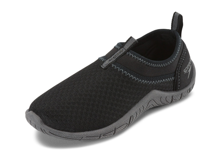 Protect little feet with this functional water shoe. Mesh construction delivers ventilation and faster drying time, while the easy slip-on design offers a secure fit. Neoprene collar for easy on and off and secure fit Mesh promotes ventilation and quick drying