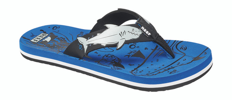 If the Little Ahi Shark had an older brother, this would be the one. Same looks just a little bigger. With a soft liner, printed footbed, and a high density outsole. Plus,who doesn't like the cool look of sharks?
