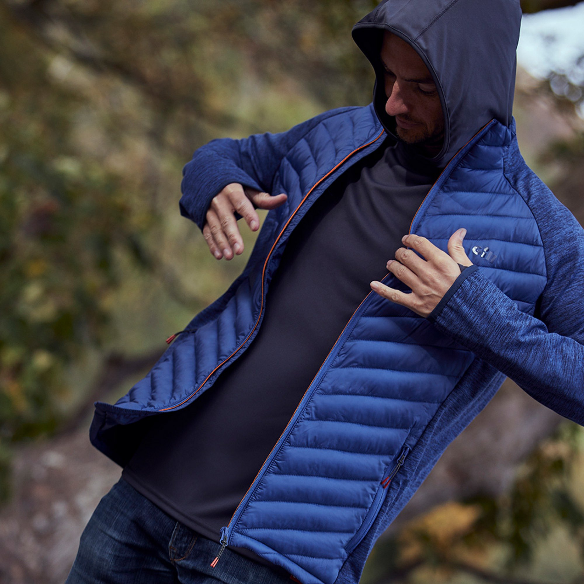 Men's Penryn Hybrid Jacket - 1109-OCE01-LIFESTYLE-2.jpg