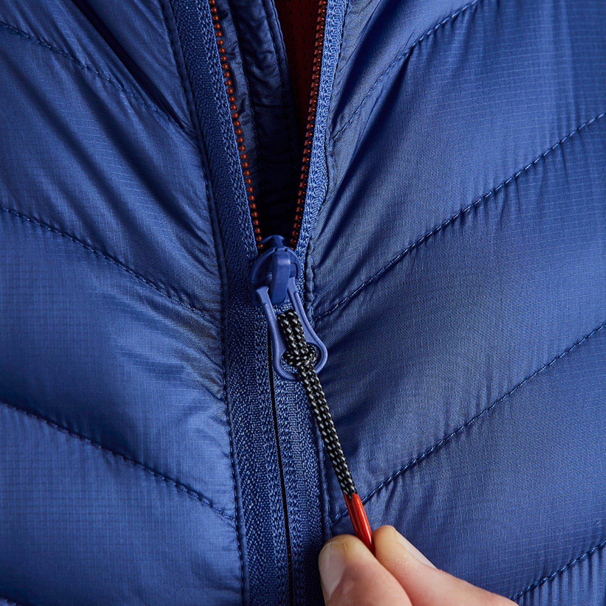 Men's Penryn Hybrid Jacket - 1109-OCE01-MODEL-6.jpg