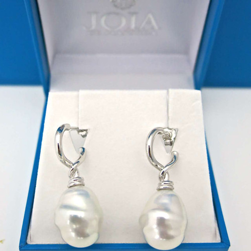 White Barrel Shape Pearl Drop Earrings