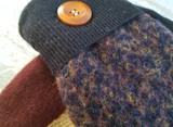 Woolly Moly Mittens / Nut Meg